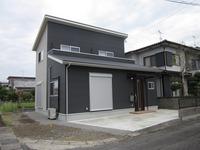コンパクトながらも3LDKのシンプルモダン住宅。